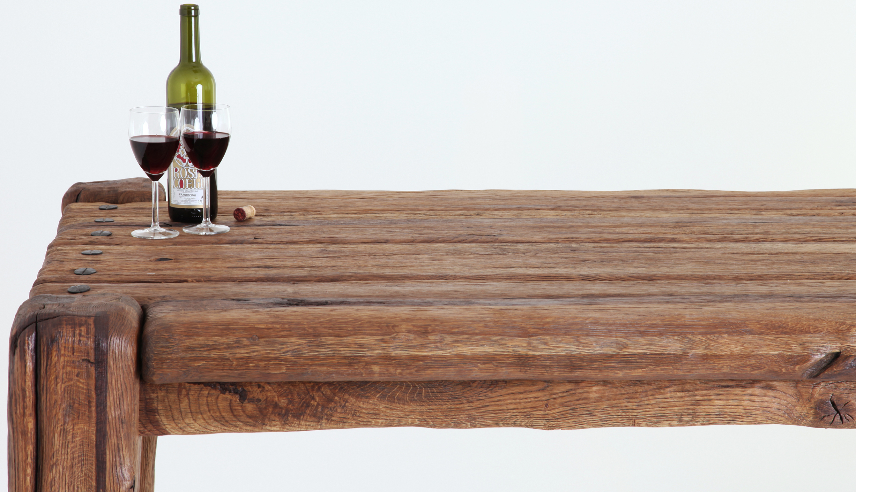 Dubový jedálenský stôl