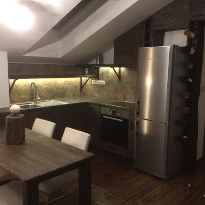 Dubová kartacovana kuchyňa
