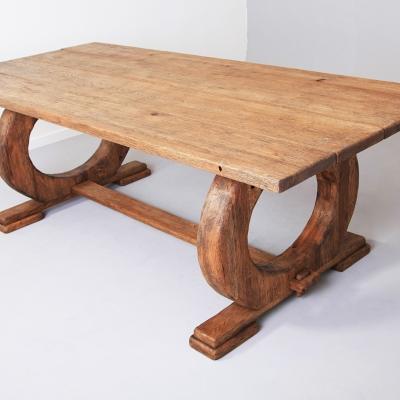 Dubový kartáčovaný jedálenský stôl prstencovou podnožou
