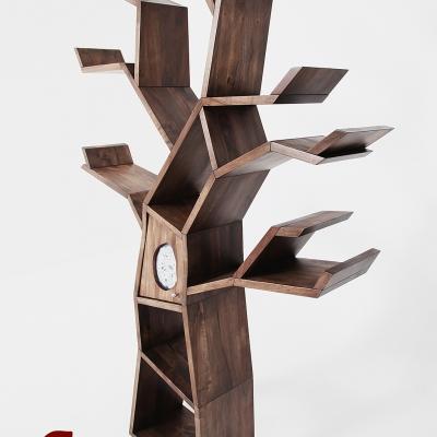 Masívna orechová knižnica v tvare stromu s achátom