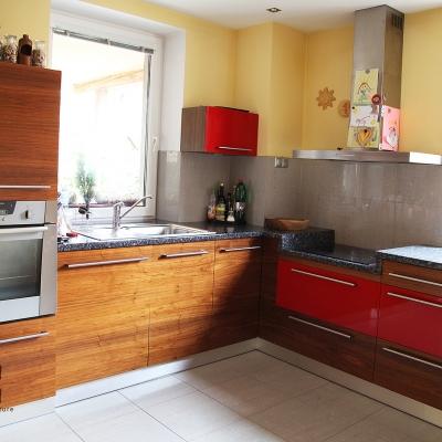 Orechová dyhovaná kuchyňa