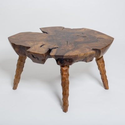konferenčný stolík orechový